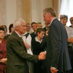Předání pamětní medaile K. Kramáře: Kornel Morawiecki