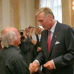 Předání pamětní medaile K. Kramáře: Bernd Eisenfeld