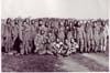 Ročník letecké akademie, Juppa stojící uprostřed bez čepice, Dvořáček nejspíš druhý zprava, archiv Adama Hradilka