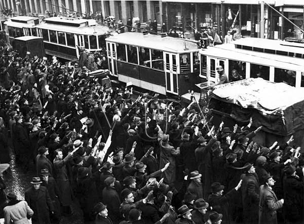 15 Březen 1939 Photo: Tři Osudové Březnové Dny: 14.-16. Březen 1939