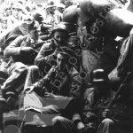 V okolí školy Na Pražačce probíhaly ve dnech pražského povstání tvrdé boje mezi povstalci a nacisty. Stavěly se barikády, sháněla se munice. Ruku k dílu přiložilo mnoho lidí. (zdroj: ABS)