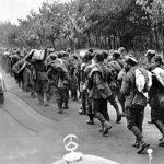 Polští vojáci na cestě do německého zajetí.