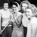 Děvčata při práci (Foto zdroj: Národní zemědělské muzeum)