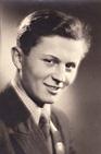 Ctirad Mašín na maturitní fotografii, 1950 (Archiv Zdeny Mašínové)