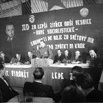 1950: Valná hromada v JZD Všechlapy u Nymburka (Foto zdroj: Národní zemědělské muzeum)
