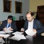 Podpis smlouvy o spolupráci – Světlana Ptáčníková, děkan Právnické fakulty UK Prof. Jan Kuklík, Zdeněk Hazdra