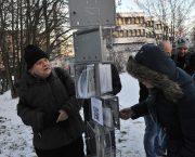 ÚSTR připomněl vznik Charty 77 odhalením pomníku na místě zatčení chartistů
