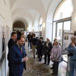 Vernisáž výstavy Ve znamení tří deklarací ve Slaném