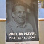 Výstava Václav Havel - Politika svědomí ve Studijní a vědecké knihovně v Hradci Králové