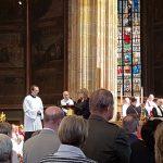 Stanislava Vodičková při ekumenickém čtení přímluv v katedrále sv. Víta