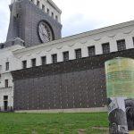 Sloup na Náměstí Jiřího z Poděbrad