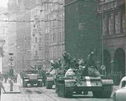 Českou republiku navštíví účastníci protestů proti invazi do Československa v roce 1968