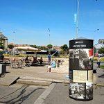 Výstavní sloup na Vítězném náměstí v Praze 6