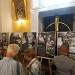 Výstava Milovat dobro a odporovat zlu v Novém Jičíně