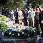 Ostatky generála Knorra byly uloženy v čestném hrobě města Ivančice