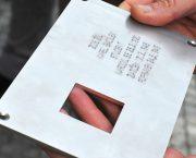 Projekt Poslední adresa připomněl 30 let svobody umístěním pamětní tabulky Danuši Muzikářové