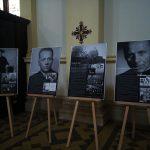 Výstava Milovat dobro a odporovat zlu v katedrále Božského Spasitele v Ostravě
