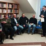 Senátor Lumír Kantor při zahájení výstavy Rozkulačeno! v Dubu nad Moravou