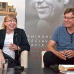 """Beseda """"Letáky, demonstrace a petice v roce 1989, Knihovna Václava Havla, 18. června 2019"""