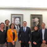 Setkání delegace ÚSTR s velvyslancem V. Pivoňkou v Moskvě