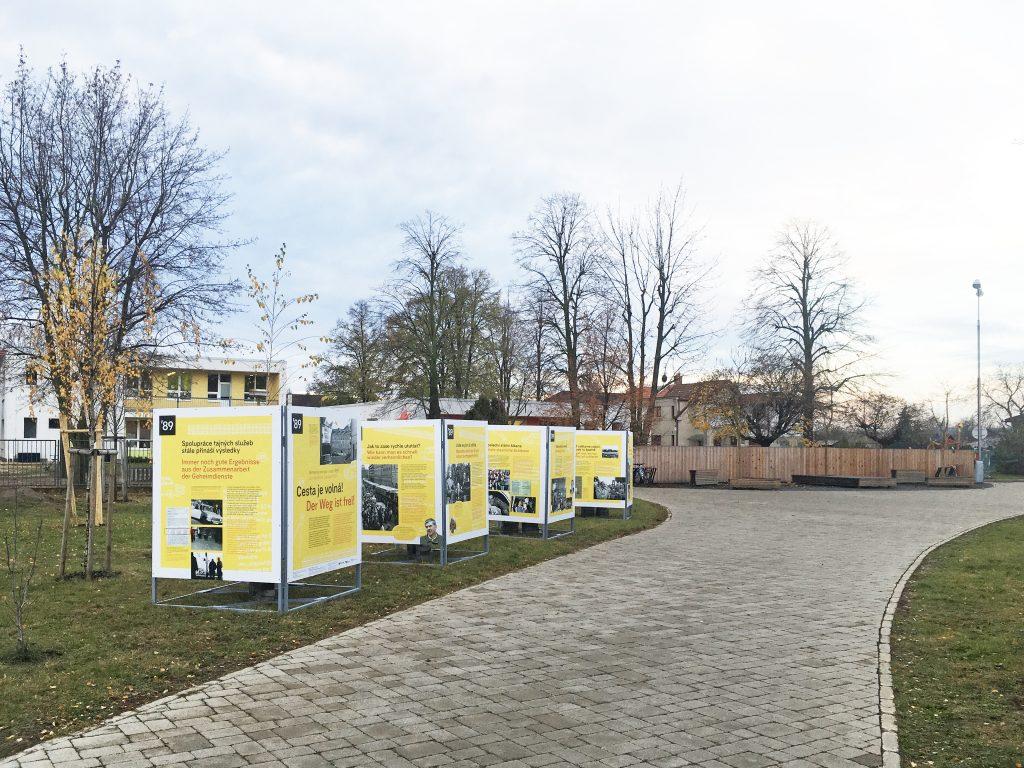 Výstava Cesta je volná! ve Veltrusích
