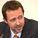 Historik Jan Synek prezentuje svou knihu v Senátu 25.6.2020